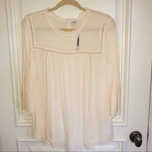 Old Navy Cream bell sleeve blouse NWT Sz S $14